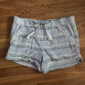 Maurices sz M Lined Cotton Striped Shorts